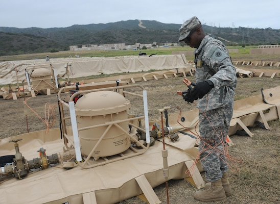 Energy personnel support QLLEX > Defense Logistics Agency