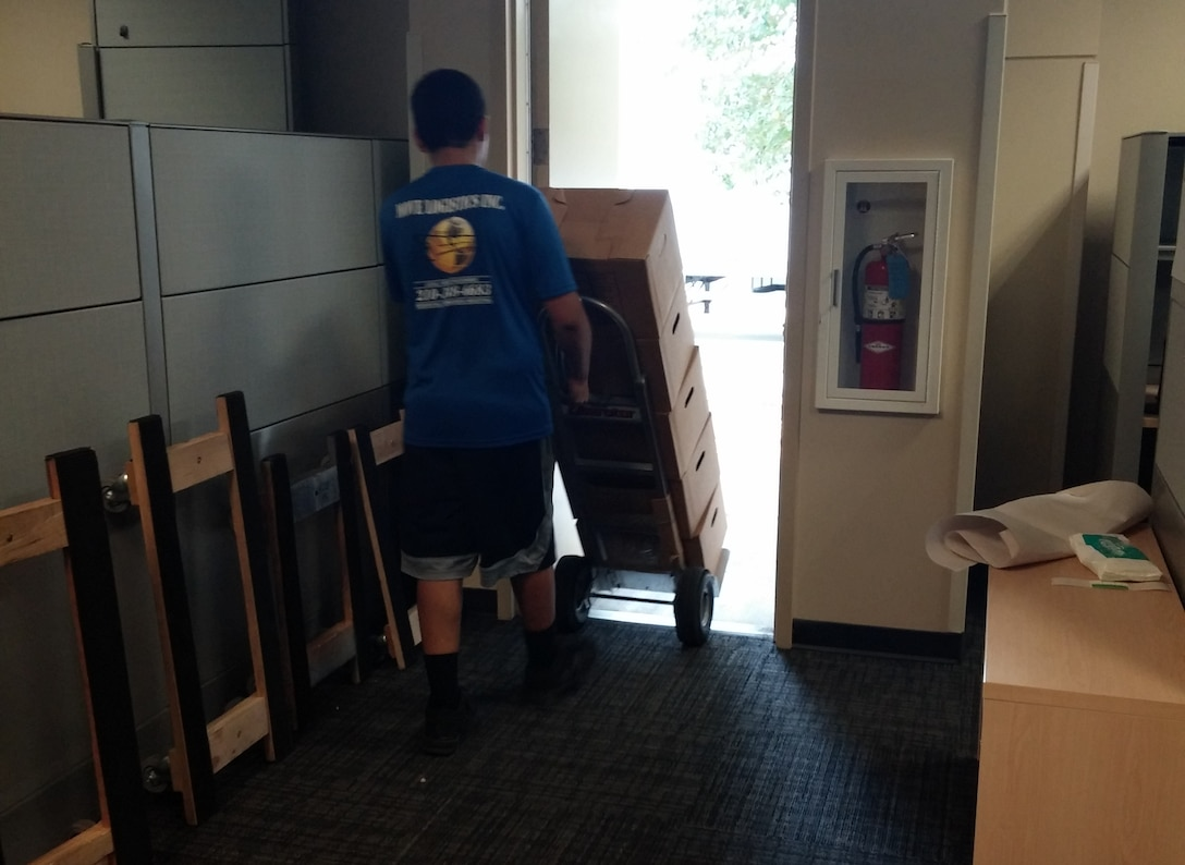 21 Sept 2015 - Moving out.
