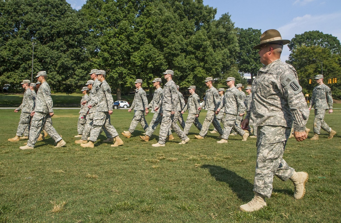 Army Reserve drill sergeant, Staff Sgt. Blake Howell of Belton, S.C., marches a formation of Clemson University Reserve Officer Training Corps cadets during a drill and ceremony lab conducted by drill sergeants from the division on Clemson's Bowman Field, Sept. 3, 2015. (U.S. Army photo by Sgt. Ken Scar)