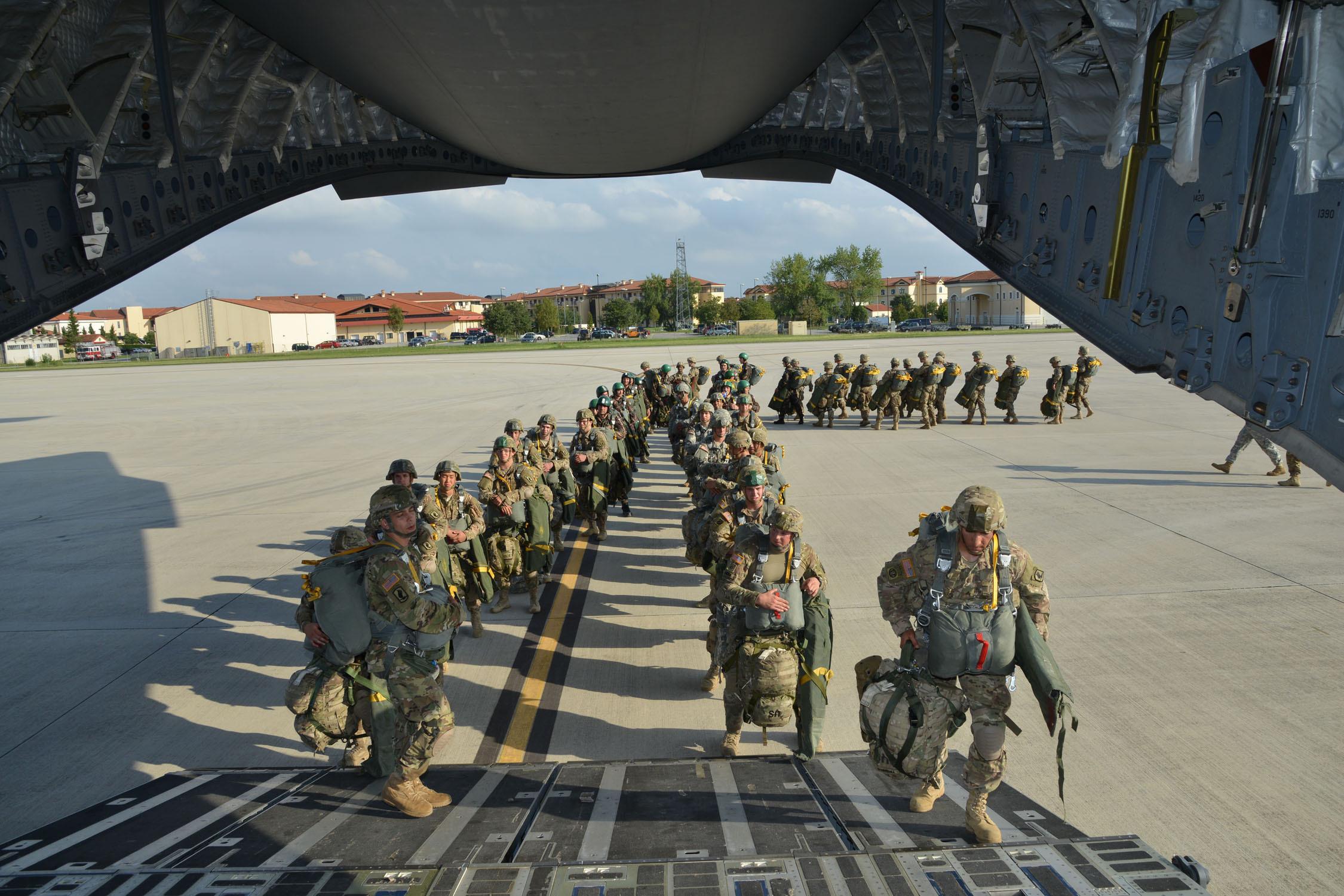 Risultati immagini per us military base italy