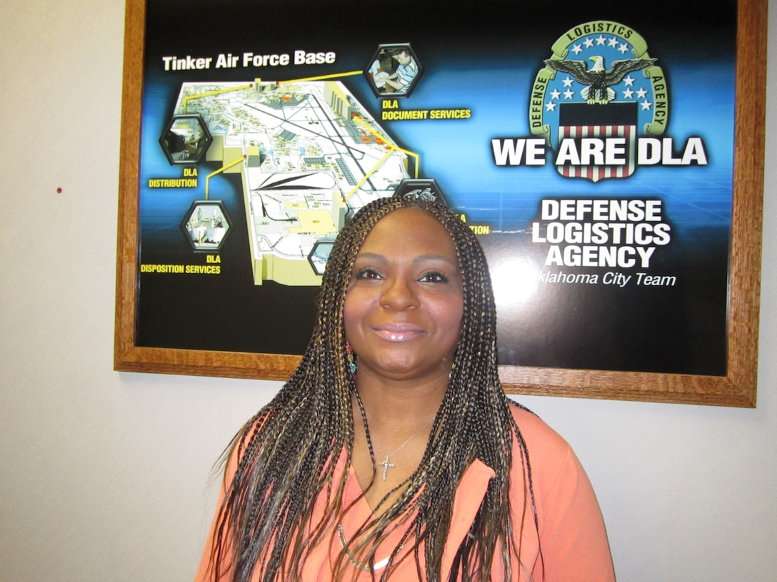 Sherita Lemons, supply systems analyst with Defense Logistics Agency Distribution Oklahoma City, Okla., has been awarded the Global Distribution Excellence: Systems Analyst Civilian of the Year.