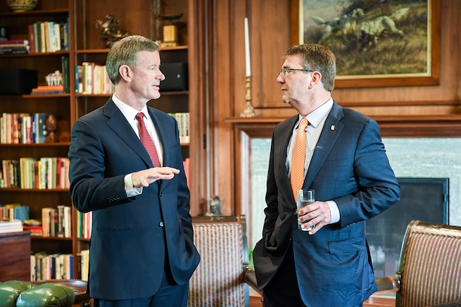 Defense Secretary Ash Carter, right, meets with retired Navy Adm. Bill McRaven, chancellor of the University of Texas at Austin, March 31, 2016. DoD photo by Army Sgt. 1st Class Clydell Kinchen