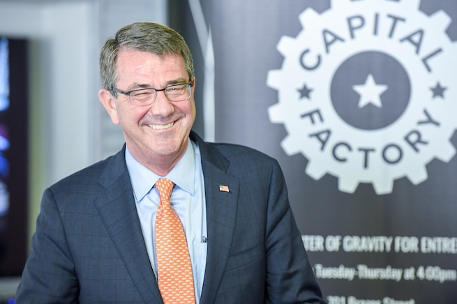Defense Secretary Ash Carter talks with reporters during a visit to the University of Texas at Austin, March 31, 2016. DoD photo by Army Sgt. 1st Class Clydell Kinchen