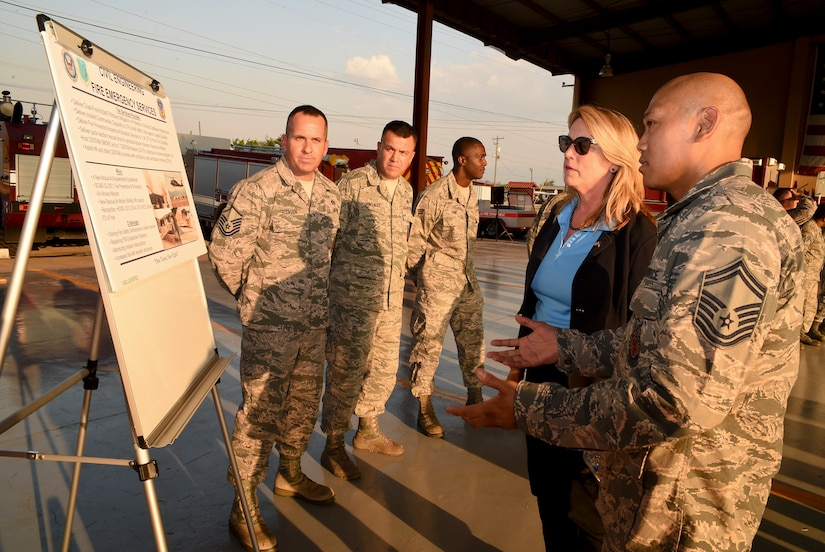 U.S. Air Force Senior Master Sgt. Jerome Capalad, 612th Air Base Squadron fire chief, provides a brief to Secretary of the Air Force Deborah Lee James covering the unit's fire response capabilities Apr. 8, 2016, Soto Cano Air Base, Honduras. James visited the base as a final stop of her trip to the Southern Command area of responsibility, where she met with Servicemembers responsible for helping develop the safety and security of the region. (U.S. Army photo by Martin Chahin/Released)