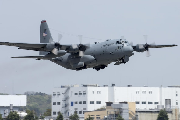 A C-130 Hercules takes off from Yokota Air Base, Japan, April 18, 2016. The 374th Airlift Wing sent two aircraft in support of the government of Japan in their relief efforts for the series of earthquakes that took place in the Kyushu region recently. The aircraft transported heavy vehicles and personnel from Chitose Air Base, Hokkaido to Kyushu. (U.S. Air Force photo/Yasuo Osakabe)