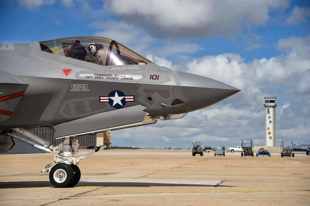 """An F-35 aircraft arrives April 15 at Hill Force Base, Utah. The aircraft is the first Navy variant—designated """"F-35C"""" —to arrive at the base where it will undergo depot modifications through the summer of 2016. The aircraft is assigned to U.S. Navy Strike Fighter Squadron 101 (VFA-101), Eglin AFB, Florida. (U.S. Air Force photo by R. Nial Bradshaw)"""