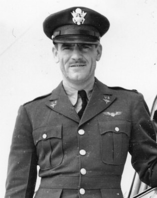 "Major G. Robert Dodson was the first commander of Oregon's first military aviation unit, the 123rd Observation Squadron.  Due to his instrumental role in the establishment of the unit he became known as the ""founding father"" of the Oregon Air National Guard.  (Mr. Fred Hill Collection, 142nd FW History Archives)"