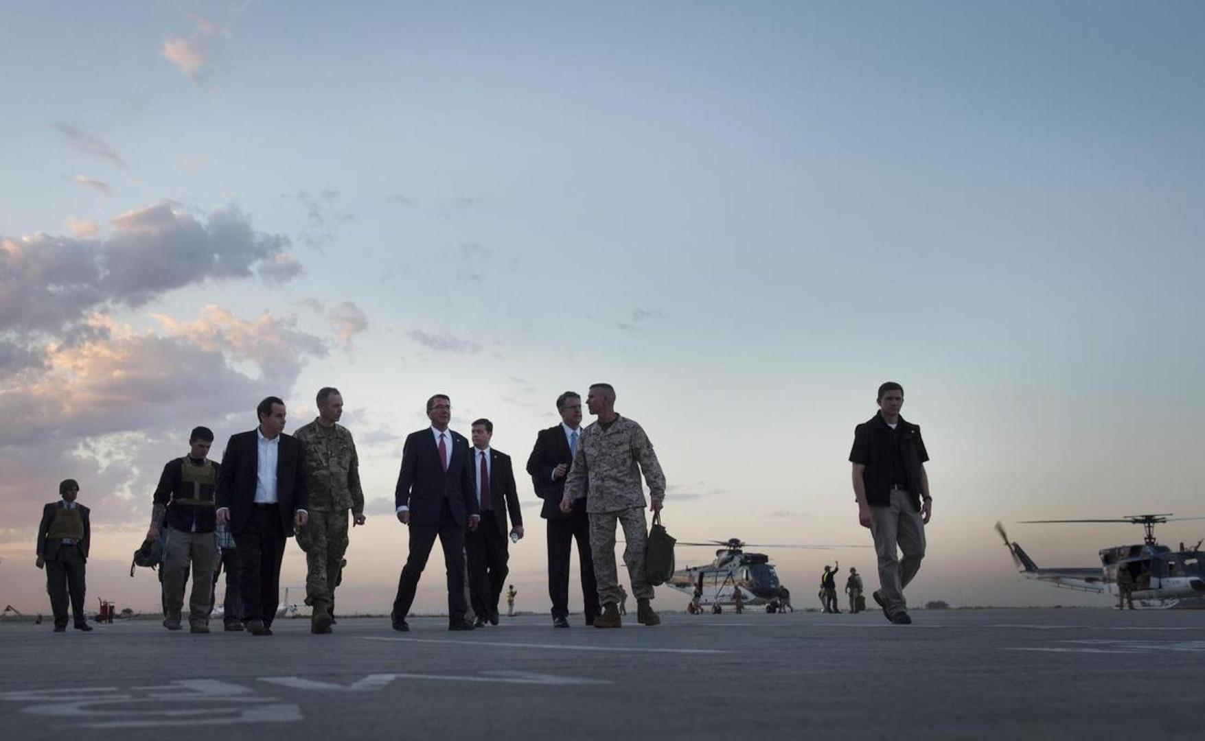 Defense Secretary Ash Carter, center, departs the Baghdad International Airport, April 18, 2016. (DoD photo by U.S. Air Force Senior Master Sgt. Adrian Cadiz)