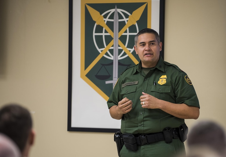Assistant Chief Jose V. Rodriguez, deputy commander for Customs & Border Protection (CBP), National Frontline Recruitment Command, gives a presentation on career opportunities with CBP to enior leadership and staff from the U.S. Army Reserve and the 200th Military Police Command at the MP command's headquarters at Fort Meade, Maryland, April 16. (U.S. Army photo by Master Sgt. Michel Sauret)