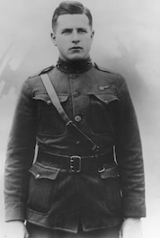 Picture of 2nd Lt Edwin R. Bleckley, Medal of Honor recipient, WWI
