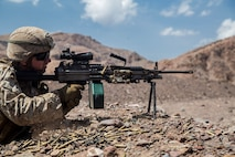 U.S. Marines with the 13th Marine Expeditionary Unit, conduct weapons familiarization training and drills on Range TC-02 during Western Pacific Deployment 16-1, Djibouti, Africa, April 17, 2016. The 13th MEU is deployed in support of maritime security operations and theater cooperation efforts in the U.S. 5th fleet area of operations (U.S. Marine Corps photo by Sgt. Hector de Jesus/RELEASED)