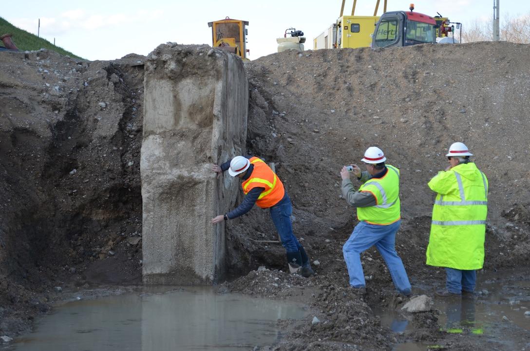 Bolivar Seepage Barrier