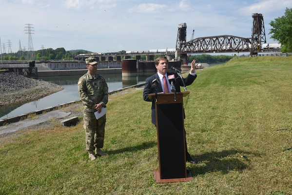 Congressman Chuck Fleischmann, Tennessee District 3, addresses the media about the cofferdam stabilization project and the restart of work on the new Chickamauga Lock on the Tennessee River in Chattanooga, Tenn., April 25, 2016.  Lt. Col. Stephen Murphy, U.S. Army Corps of Engineers Nashville District commander, also made comments about the status of the project.