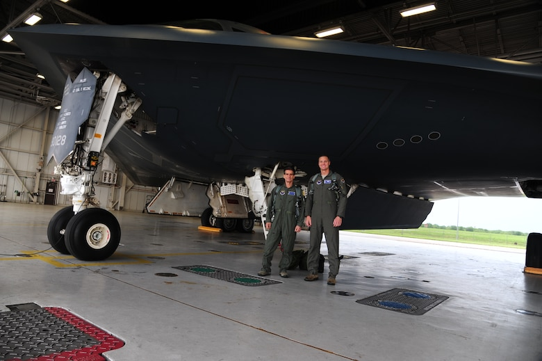 Dean Kamen, the FIRST Robotics founder, left, and U.S. Air Force Capt. Daniel St. Clair, a B-2 Spirit pilot and FIRST Robotics alumni, pose for a photo prior to boarding a B-2 Spirit at Whiteman Air Force Base, Mo., April 26, 2016. Kamen met Airmen and FIRST Robotics alumni during his visit and received an incentive flight in a B-2 Spirit. The U.S. Air Force and FIRST Robotics share an interest in developing youth into future leaders through exposure to education in science, technology, engineering and math. (U.S. Air Force photo by Airman 1st Class Keenan Berry)