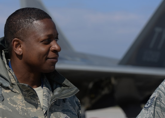 U.S. Air Force Master Sgt. Derrick McDaniel, 325th Aircraft Maintenance Squadron section chief, supervises the pre-flight procedures on two U.S. Air Force F-22 Raptors assigned to the 95th Fighter Squadron at Tyndall Air Force Base, Fla., April 27, 2016.  The fighters and Airmen accompanying them landed at the base, demonstrating the U.S. commitment to NATO allies and the security of Europe. (U.S. Air Force photo by Staff Sgt. Nathan Tucker/Released)