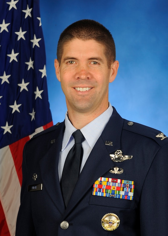 Official Photo, Col Lansing R. Pilch