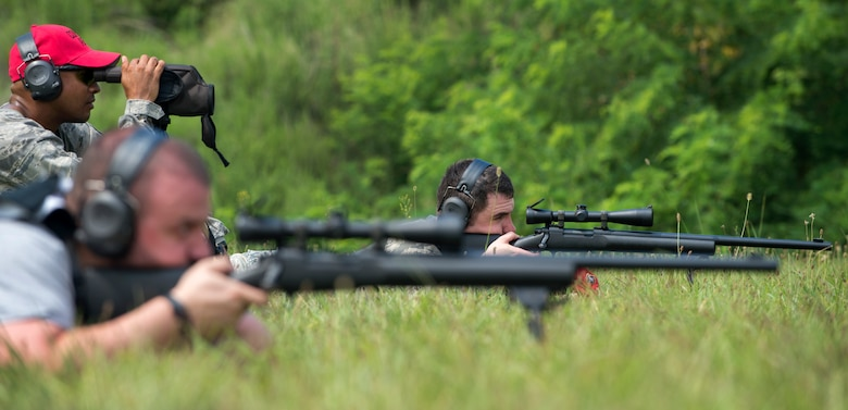 Tech. Sgt. Christopher Crean, 11th Security Support Squadron Combat Arms instructor, shoots a Remington M24 Sniper Weapon System at Marine Corps Base Quantico, Va., July 15, 2016. Joint Base Andrews combat arms instructors shot two weapon systems to familiarize themselves with the weapons to instruct other service members requiring sniper training. (U.S. Air Force photo by Airman 1st Class Philip Bryant)