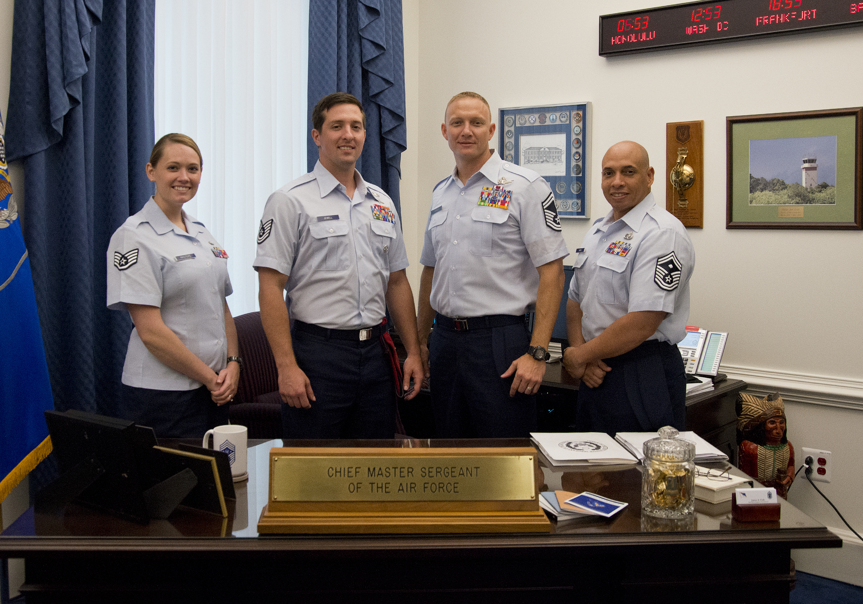 officer dating enlisted in national guard Further, for air guard members, they must be aware of the custom that exists within the air force culture that prohibits inappropriate association between officers and enlisted airmen these customs include the widely understood prohibition against officers dating enlisted personnel, whether or not they are in a command or supervisory position.