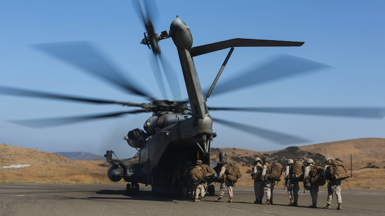 Marines with 3rd Battalion, 1st Marine Regiment board a CH-53E Super Stallion from Marine Heavy Helicopter Squadron (HMH) 462 during a training exercise aboard Marine Corps Base Camp Pendleton, Calif., July 28. Marine Heavy Helicopter Squadron (HMH) 462 along with the Royal Canadian Air Force supported 3rd Battalion, 1st Marine Regiment during Rim of the Pacific (RIMPAC) 2016.