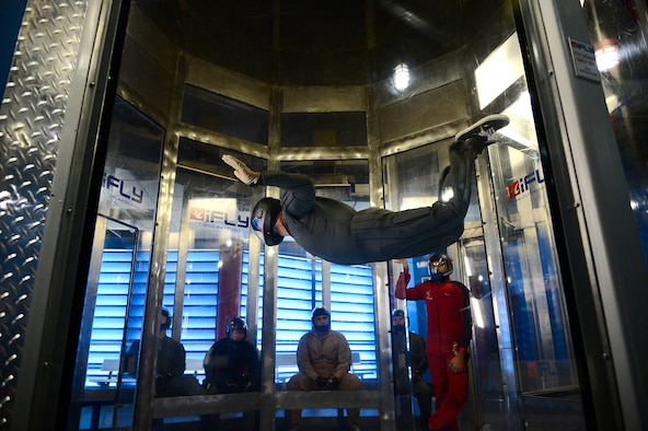 Army Sgt. 1st Class Oscar Angel, a parachute rigger assigned to Joint Communications  Support Element, improves his free-fall flying movements in Orlando, Fla., Aug. 2, 2016. The wind tunnel provided the riggers with a safe controlled environment that replicated a free-fall jump. (U.S. Air Force photo by Senior Airman Tori Schultz)