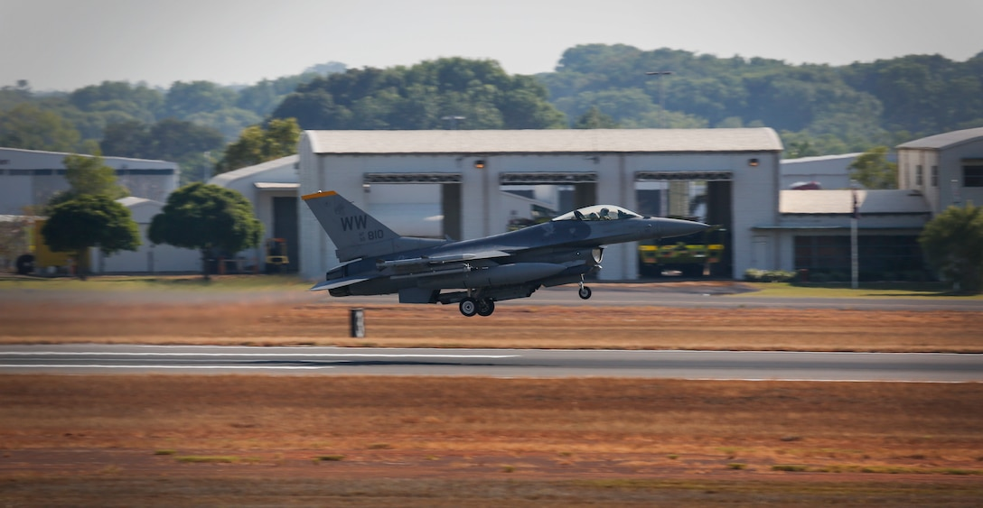 A U.S. Air Force F-16 aircraft takes off during exercise PITCH BLACK 16 (PB16) at Royal Australian Air Force (RAAF) Base Darwin, Australia, Aug. 1, 2016. PB16 allows participant nations to exercise deployed units in the tasking, planning and execution of Offensive Counter Air and Offensive Air Support while utilizing one of the largest training airspace areas in the world.  The exercise is scheduled from July 29 to Aug.19, 2016. (Australian Defence Force photo by Cpl. Casey Gaul)