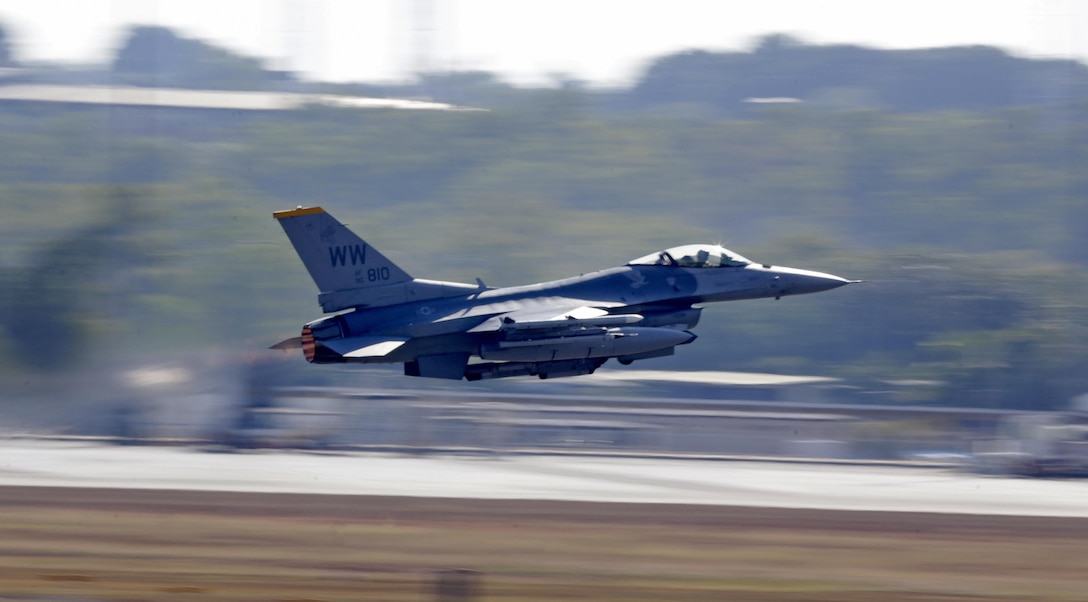 A U.S. Air Force F-16C takes off from Royal Australian Air Force (RAAF) Base Darwin as part of Exercise PITCH BLACK 16 (PB16). PB16 allows participant nations to exercise deployed units in the tasking, planning and execution of Offensive Counter Air and Offensive Air Support while utilizing one of the largest training airspace areas in the world.  The exercise is scheduled from July 29 to Aug.19, 2016.  (Australian Defence Force photo by LSIS Jayson Tufrey)