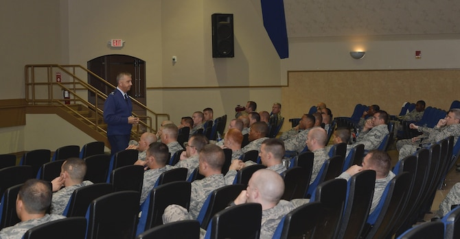 Col. Richard Tatem, individual mobility augmentee to the director of Profession of Arms Center of Excellence (PACE), speaks to military members during the PACE course at MacDill Air Force Base, Fla., Aug. 8, 2016. The five-hour course focused on self-improvement, self-reflection and improving communication skills. (U.S. Air Force photo by Airman 1st Class Mariette Adams)