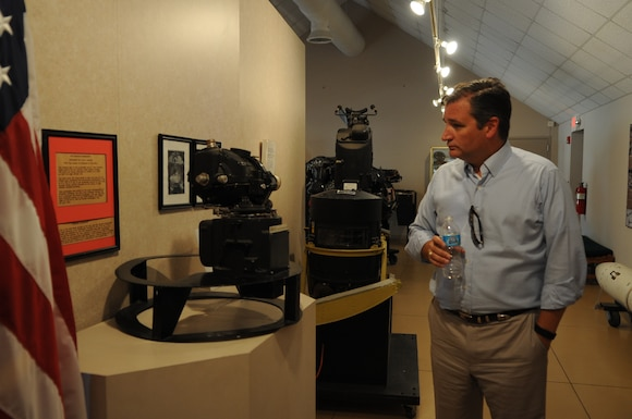 U.S. Sen. Ted Cruz looks at The Norden Bombsight during a visit to the Dyess Museum Aug. 11, 2016, in Abilene Texas. The museum boasts Air Force heritage and exhibits spanning from World War II to the present. It will also be the site of the future Torqe 62 memorial. (U.S. Air Force photo by Senior Airman Kedesha Pennant/Released)
