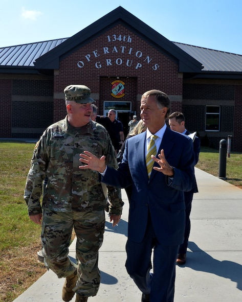 Maj. Gen. Terry M. Haston, the Adjutant General of Tennessee National Guard and Tennessee Governor Bill Haslam talk while visiting the 134th Operations Group July 27, 2016 at McGhee Tyson ANG Base, Knoxville, Tenn. (U.S. Air National Guard photo by Staff Sgt. Daniel Gagnon)