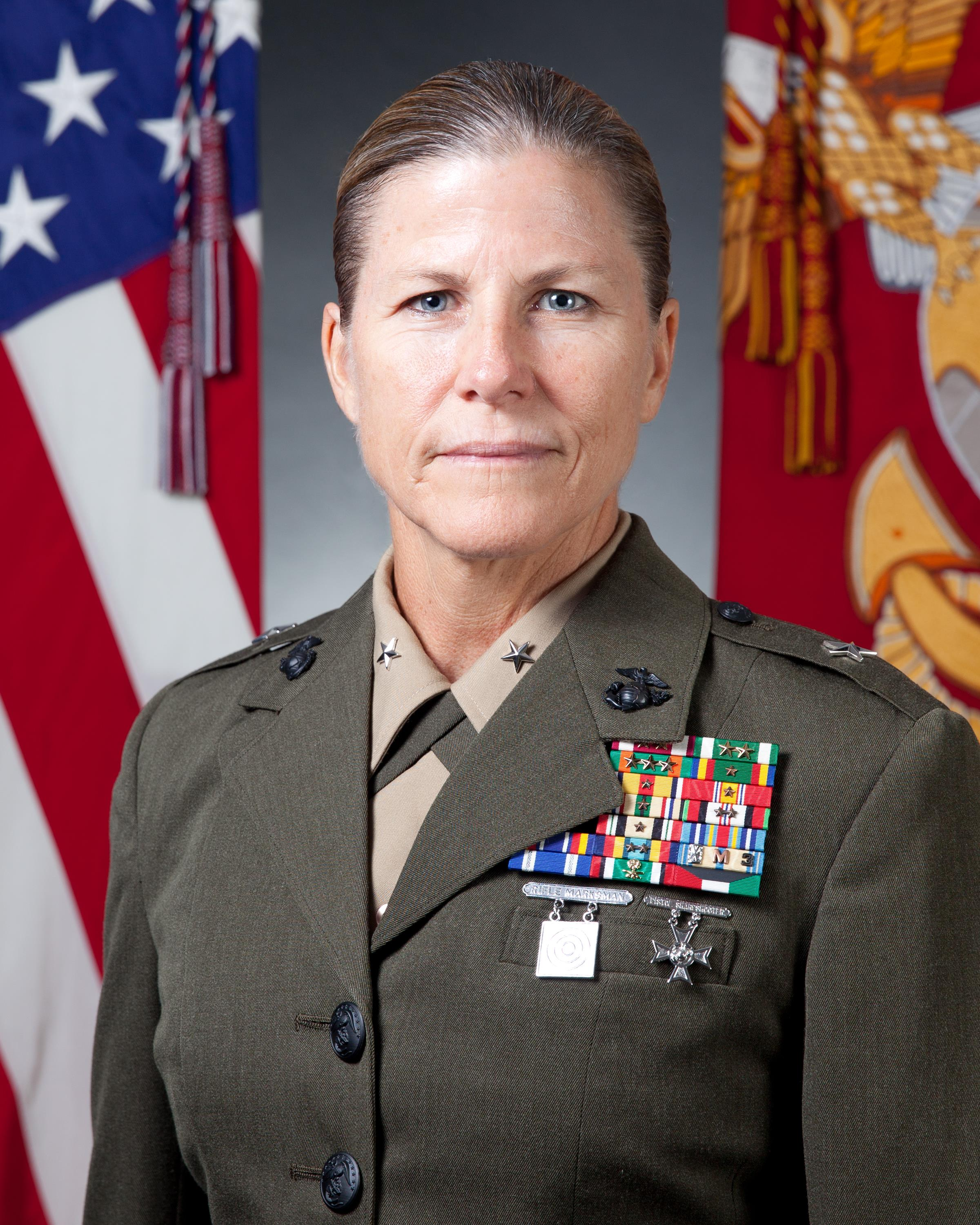 Commanding General 4th Marine Logistics Group Gt Marine