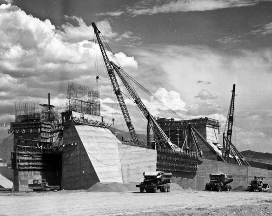 Construction of Hansen Dam