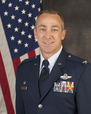 Col James R. Keen Bio Photo