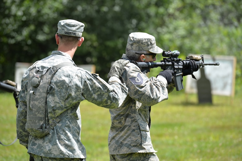 New Hampshire National Guardsmen train together during joint training with the New Hampshire Army National Guard, Aug. 7, 2016 at Camp Ethan Allan, Vt. (Air National Guard photo by Airman 1st Class Ashlyn J. Correia)