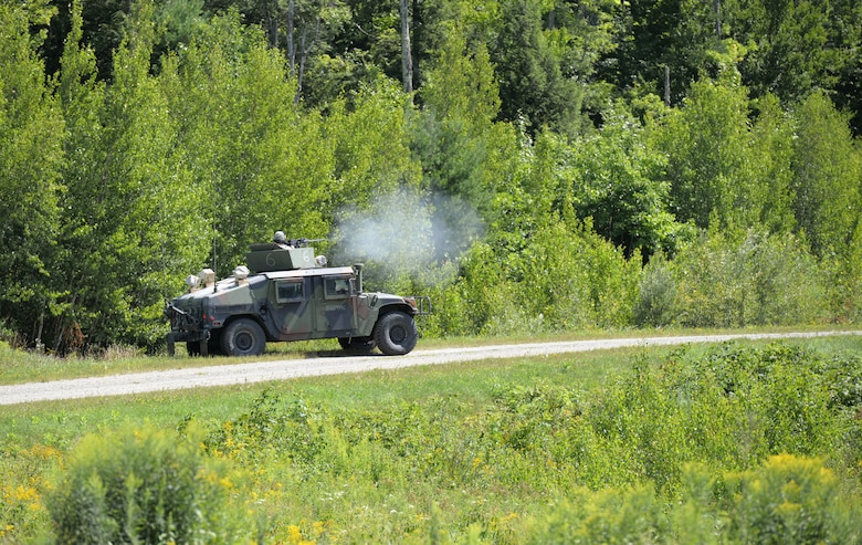 U.S. Army Soldiers with the Military Police Company, New Hampshire Army National Guard, practice convoy tactics during training Aug. 7, 2016 at Camp Ethan Allan, Vt. (Air National Guard photo by Airman 1st Class Ashlyn J. Correia)