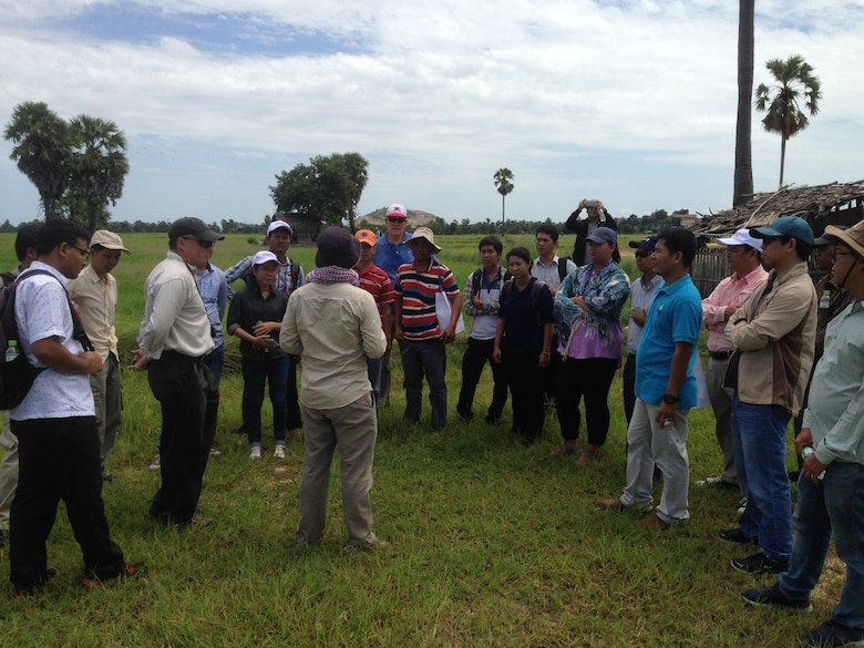 A Cambodian expert explained groundwater issues in Kampong Cham Province during a site visit as part of a USACE-led workshop. The workshop was designed to provide an overview of groundwater principles and modeling tools that can help engineers, planners, and water resources managers make more informed decisions.