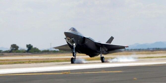 「F-35A AF-100」的圖片搜尋結果