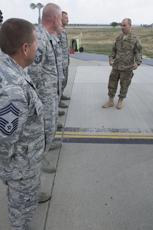 U.S. Air Force Lt. Gen. Jeffrey Harrigian, U.S. Air Forces Central Command commander, speaks with Airmen from the 124th Aircraft Maintenance Squadron at Incirlik Air Base, Turkey, Aug. 28, 2016. The Airmen are deployed here from Gowen Field, Idaho. During Harrigian's visit, he was given an opportunity to learn more about the unique capabilities each service provides to Operation Inherent Resolve missions. (U.S. Air Force photo by Staff Sgt. Ciara Gosier)