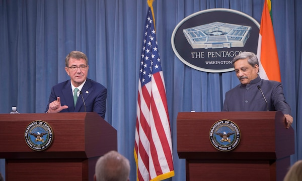 Defense Secretary Ash Carter and Indian Defense Minister Manohar Parrikar hold a joint news conference at the Pentagon, Aug. 29, 2016. DoD photo by Navy Petty Officer 1st Class Tim D. Godbee