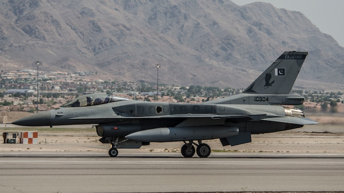 A Pakistan air force F-16C Fighting Falcon assigned to the No.5 Squadron, Rafiqui Air Force Base prepares for take-off at Nellis Air Force Base, Nev., Aug. 17, 2016. The No. 5 Squadron travelled more than 7,700 miles to participate in Red Flag 16-4. (U.S. Air Force photo by Tech Sgt. Frank Miller/Released)