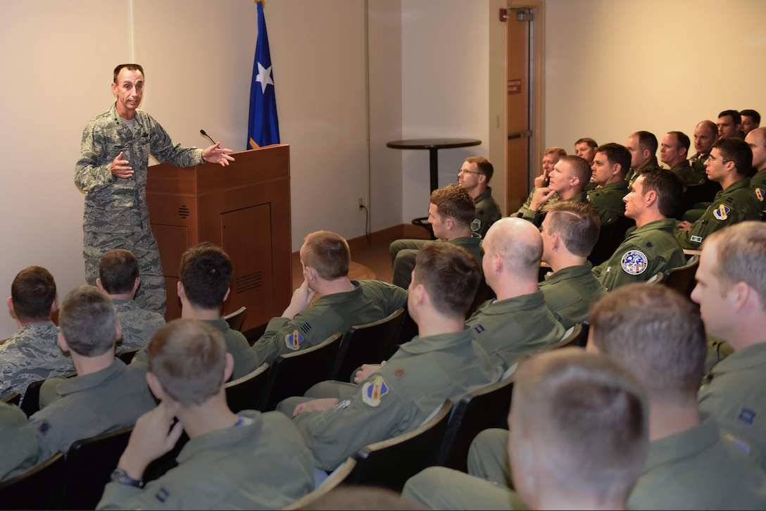 Maj. Gen. Scott Zobrist, Ninth Air Force commander, holds a question and answer session with aircrew of Team Seymour during an immersion tour, Aug. 23, 2016, at Seymour Johnson Air Force Base, North Carolina. Zobrist visited numerous squadrons to gain insight on what can be done to enhance mission effectiveness. (U.S. Air Force photo by Airman 1st Class Ashley Williamson)