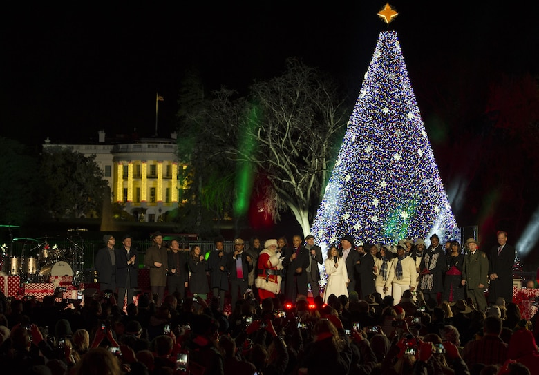 President Barack Obama and several musical performers at the National Christmas Tree Lighting Ceremony line the stage to sing holiday tunes in Washington, D.C., Dec. 1, 2016. Among those who performed classic holiday hits were singers James Taylor, Kelly Clarkson and Marc Anthony. (U.S. Air Force photo by Senior Airman Jordyn Fetter)