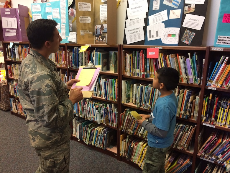 Warhawks Judge Science Fair Projects At A Local Elementary School