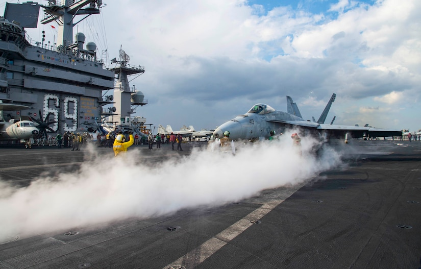 161206-N-QI061-513