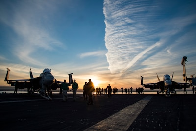 161204-N-QI061-027