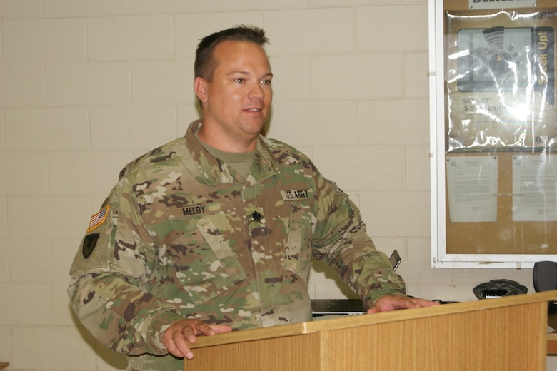 Lt. Col. Ryan Melby, commander of the 3rd Battalion, 399th Regiment, says farewell at the battalion's deactivation ceremony at the Army Reserve Center in Sturtevant, Wis., Dec. 3, 2016.