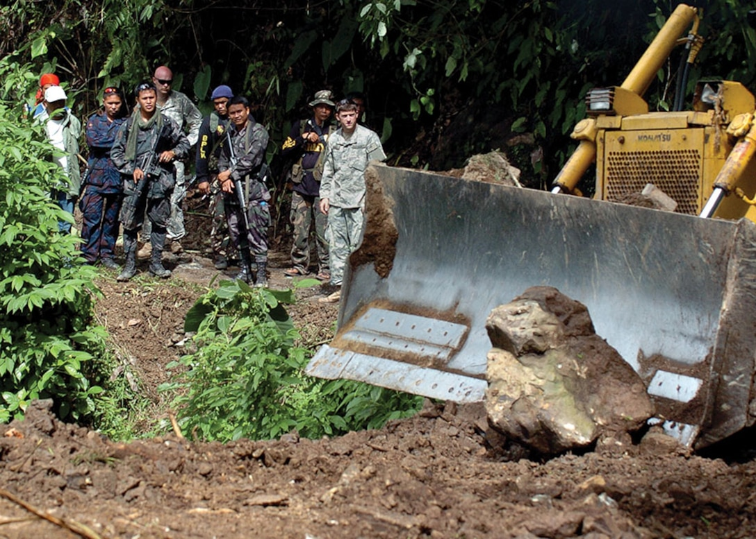 U.S. Army Soldiers, Armed Forces Philippines Soldiers, and Philippine National Police officers participate in a humanitarian mission in Mindanao.