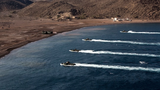 U.S. 5TH FLEET AREA OF OPERATIONS (Dec. 6, 2016) Amphibious assault vehicles with the 11th Marine Expeditionary Unit (MEU) prepare to land during the initial landing phases of Exercise Alligator Dagger, Dec. 6, 2016. The exercise involves all three ships of the Makin Island Amphibious Ready Group and enables the Marines and Sailors of the 11th MEU to conduct the comprehensive amphibious operations that keep their skills ready for crisis response and contingency operations throughout the Central Command area of responsibility. (U.S. Marine Corps photo by Cpl. Devan K. Gowans)