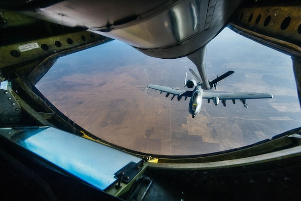 An A-10 Thunderbolt II prepares to receive fuel from a KC-135 Stratotanker over Iraq Nov. 29, 2016, in support of Operation Inherent Resolve. (Air Force photo/Senior Airman Jordan Castelan)