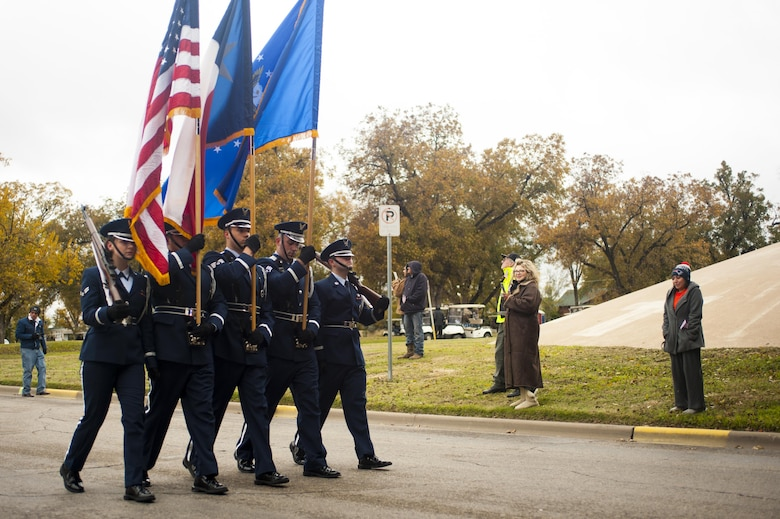 Goodfellow Air Force Base Honor Guard leads the Hero's Hunt Parade at Santa Fe Park in San Angelo, Texas, Dec. 8, 2016. San Angelo hosts the Hero's Hunt Parade for veterans from all over Texas to honor them for their service. (U.S. Air Force photo by Senior Airman Scott Jackson/released)
