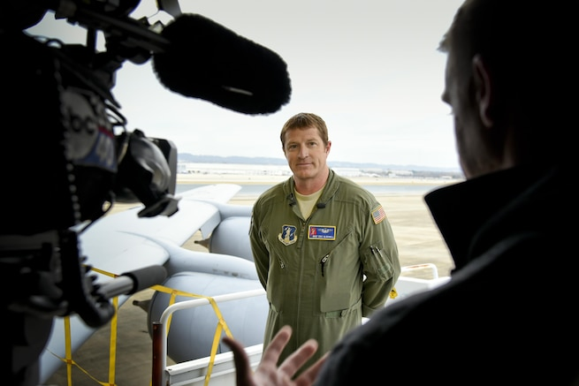 Reporters from 3 local Birmingham, Alabama television stations flew on a air refueling mission as part of a media incentive flight hosted by the 117th Air Refueling Wing, Birmingham, Alabama December 7, 2016 . (U.S. Air National Guard photo by: Senior Master Sgt. Ken Johnson)